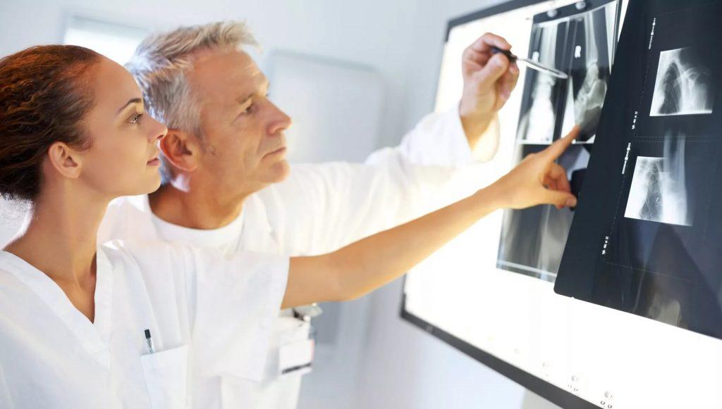 Грыжа позвоночника: причины и лечение